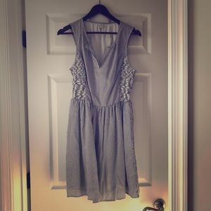 Old Navy fit & flare sleeveless navy stripe dress